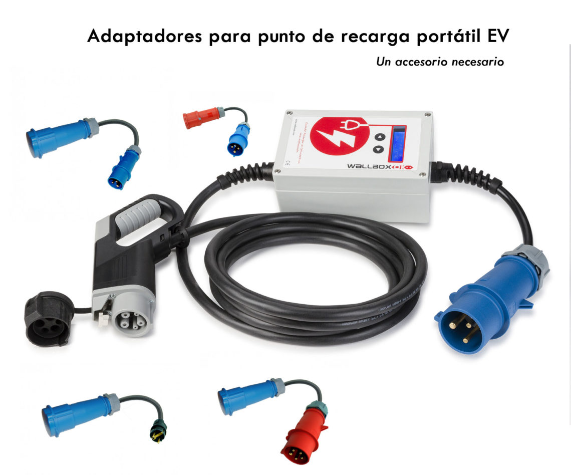 Adaptadores de corriente para utilizar un punto de recarga portátil de coche eléctrico en diferentes tomas.