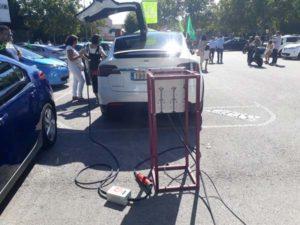 exposicion de coches electricos en villanueva del pardillo