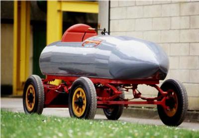 primer coche electrico 100km