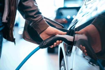 coche electrico o coche hibrido